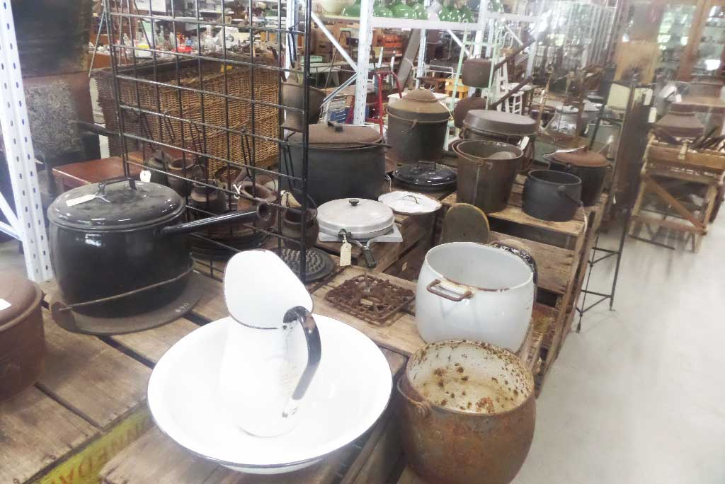 Cast Iron Cookware for sale at Heaths Old Wares, Collectables & Industrial Antiques, 19-21 Broadway, Burringbar NSW 2483 Ph 0266771181