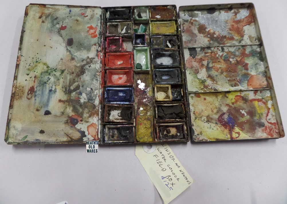 Windsor and Newton old paint pallet for sale at Heaths Old Wares, Collectables, Antiques & Industrial Antiques, 19-21 Broadway, Burringbar NSW 2483 Ph 0266771181 open 7 days